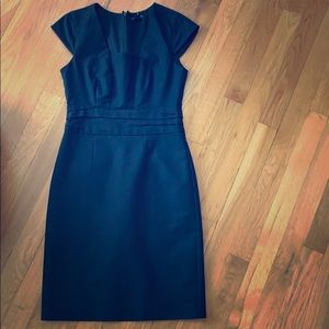 Banana Republic cap sleeve shift dress